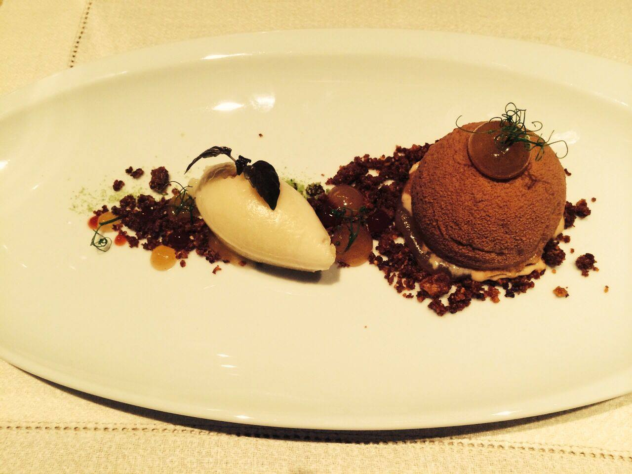 Tian: Apple & almond dessert