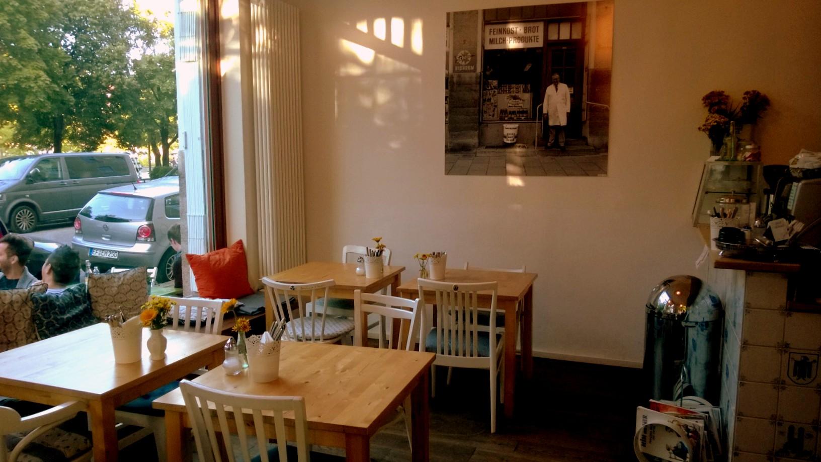 Cafe Lohner & Grobitsch, Westend